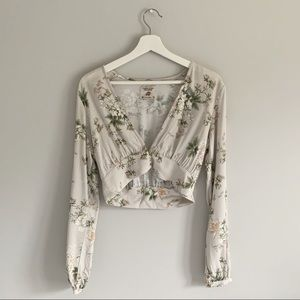 Pull & Bear Long Sleeve Floral Crop